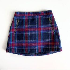 🐴Old Navy Plaid Mini Skirt - size S (6-7)